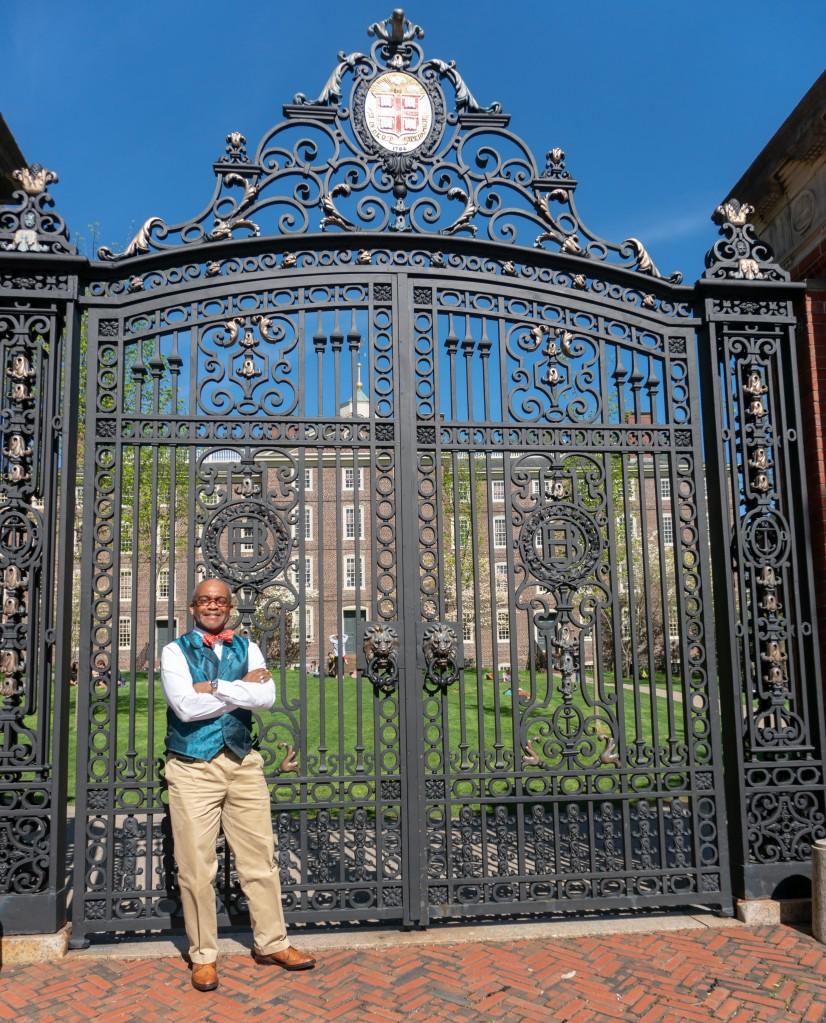 Dr_Paul_Lowe_Brown_University_Van_Wickle_Gates_PLME_BS_MD_Admissions